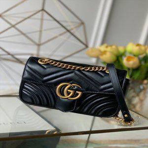 The shoulder bag by Gucci Marmont matelassé mini🌺